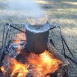 【焚火で炊飯】キャンプは焚火でご飯を炊こう 炊き方と道具の紹介